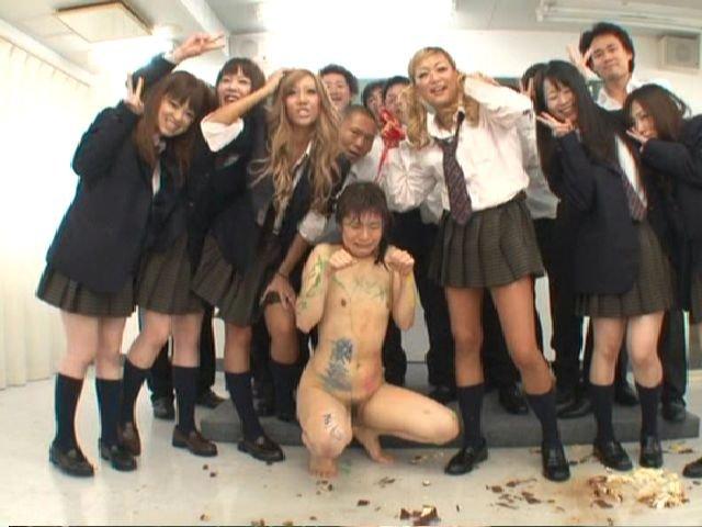 【ボトムレス】下半身裸スレYouTube動画>1本 ->画像>279枚